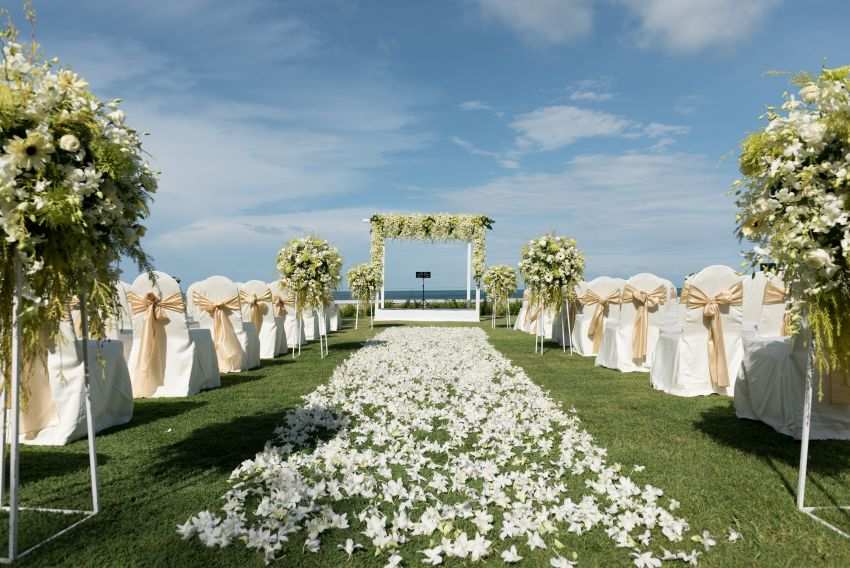 TOP WEDDING DESTINATIONS TO TIE THE KNOT